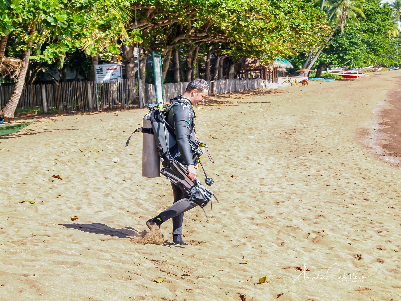 Pura Vida Beach & Dive Resort